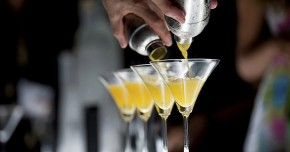 klassisk cocktailbar til firmafest